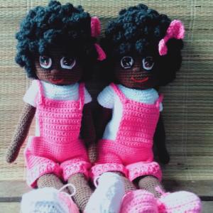Afro & Eco - Muñecas negras de ganchillo